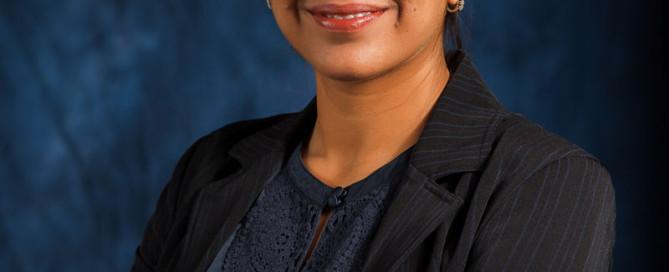 Business Headshots for Fauzia Sajjad