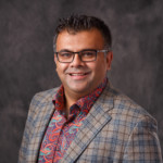 LinkedIn Headshots for Musawar Hussain